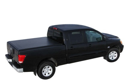 Access Lorado 17-19 Nissan Titan 5-1/2ft Bed (Clamps On w/ or w/o Utili-Track) Roll-Up Cover