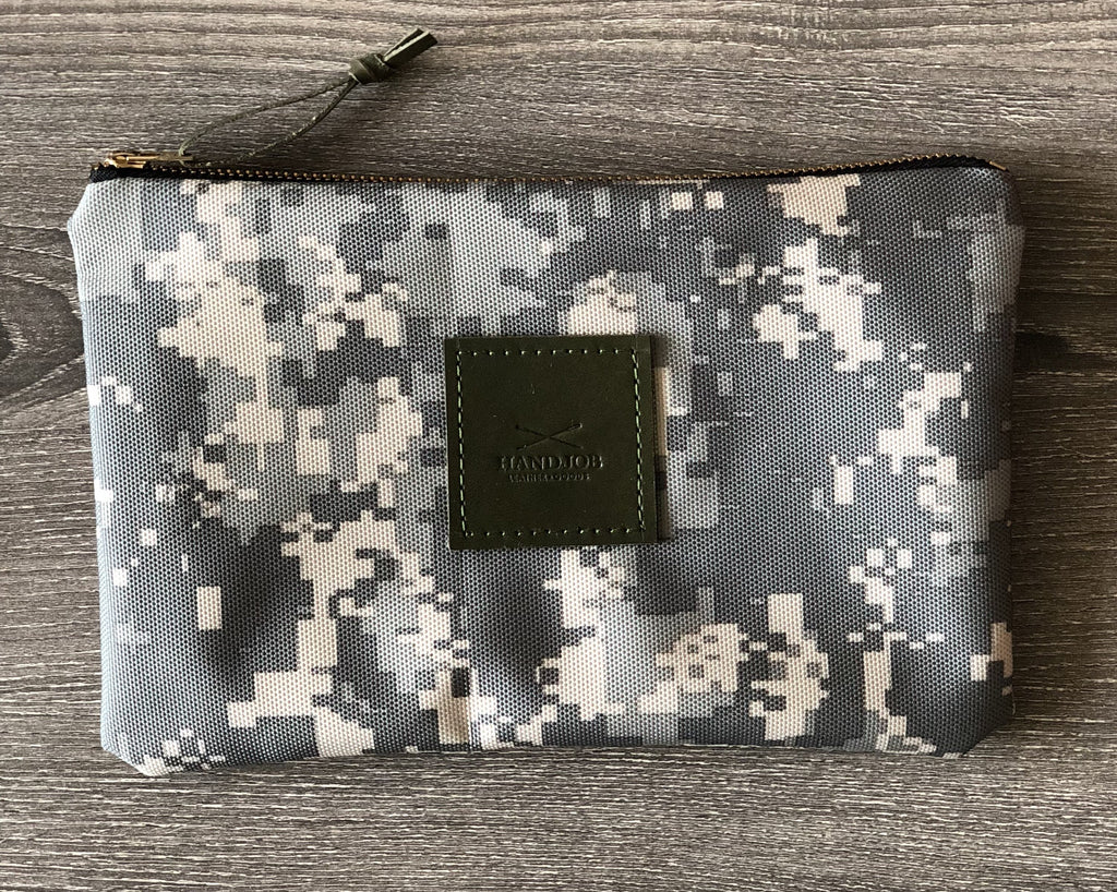 Camouflage Utility Clutch