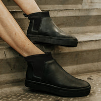 Ankle Lucy^^ - Couro Floater All Black | Sola Preta