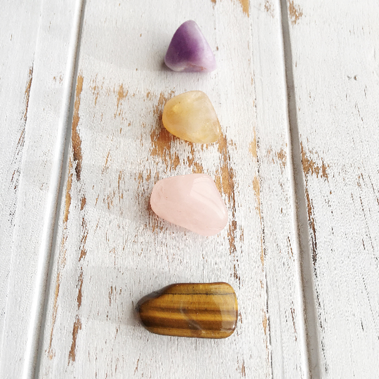 The Heart Chakra * 4 Piece Stone Set * Aventurine, Rose Quartz, Moss Agate & Chrysocolla * Reiki Charged