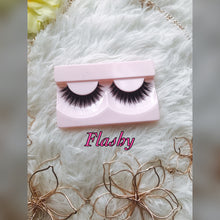Glam Lashes - NaturaleeChicBoutique