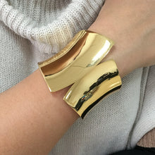 Naomi Cuff Bangle - NaturaleeChicBoutique