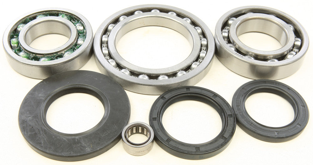 REAR DIFFERENTIAL BEARING AND SEAL KIT