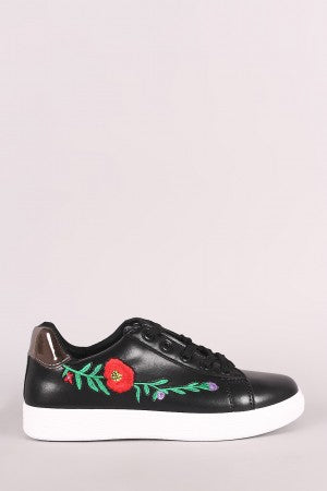 Embroidered Floral Metallic Lace Up Low Top Sneaker