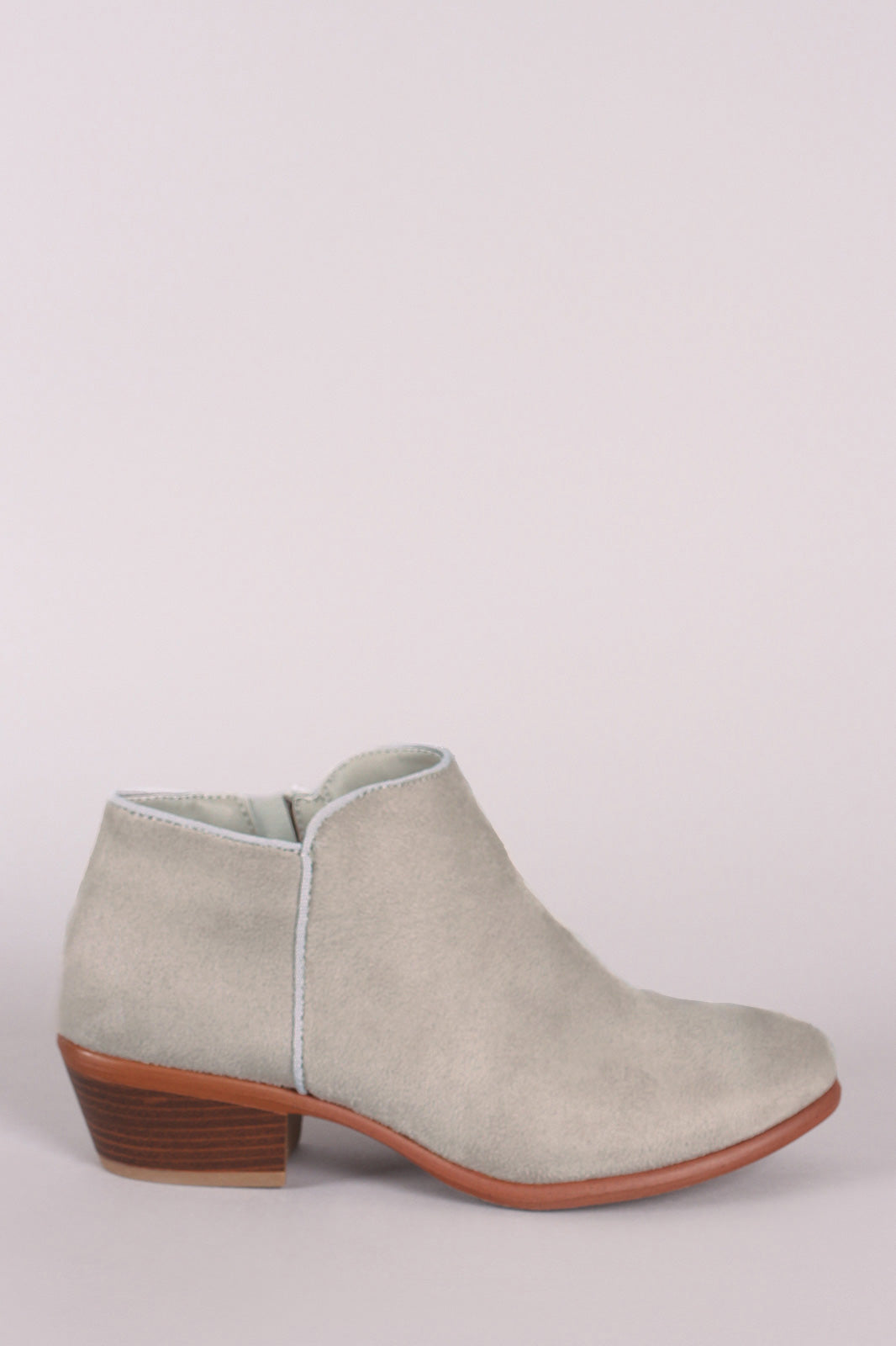 Wild Diva Lounge Suede Round Toe Ankle Booties