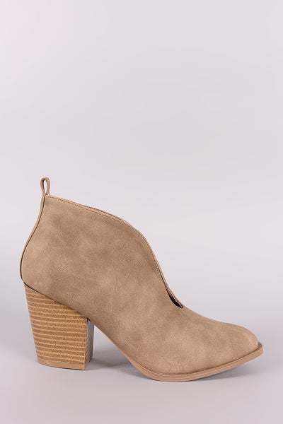 Qupid Distressed Nubuck Deep V-Cut Chunky Heeled Booties