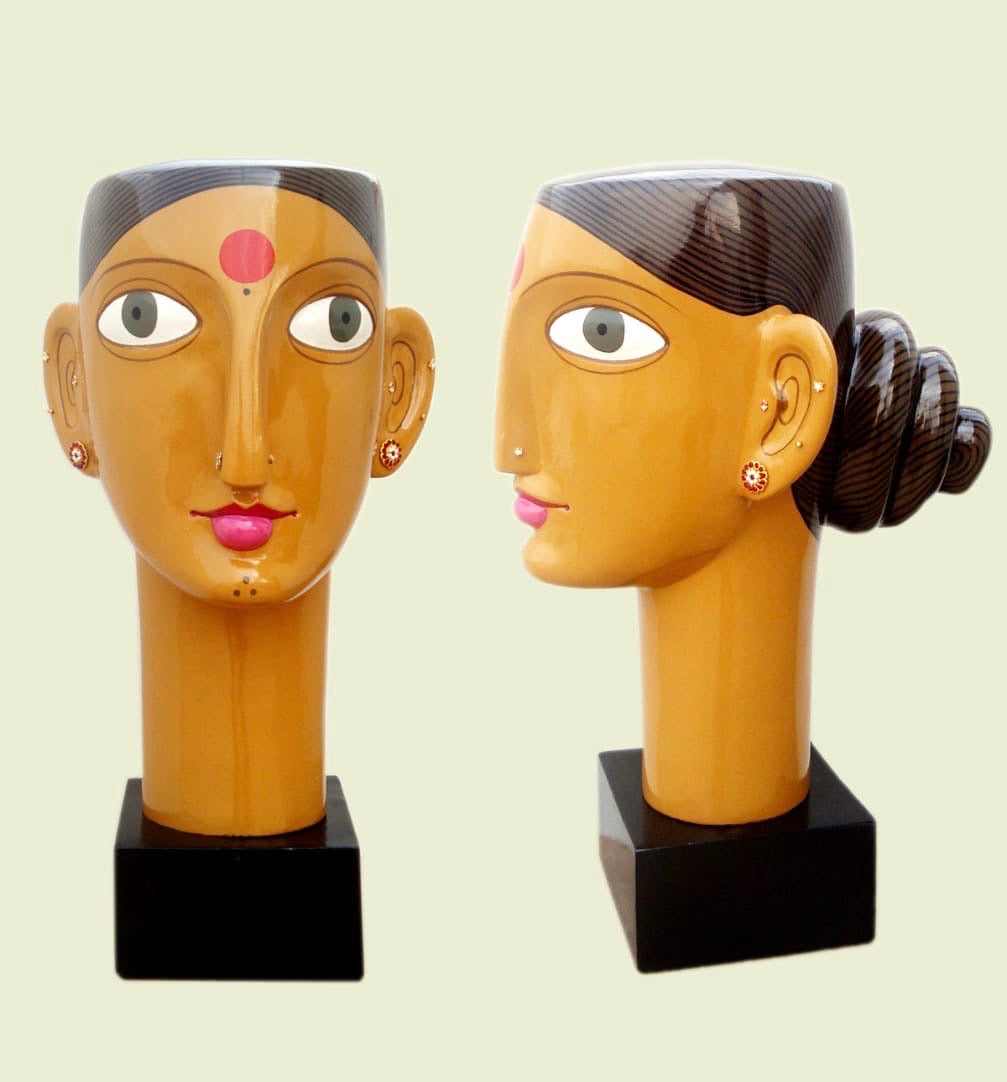 Couple Sculpture (Set of 2)