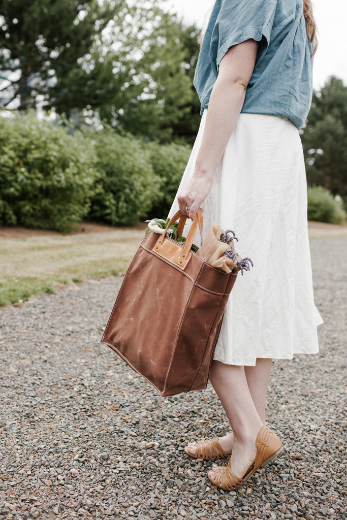 Thread & Canvas Co. | Market Tote | Styled Shoot with Model