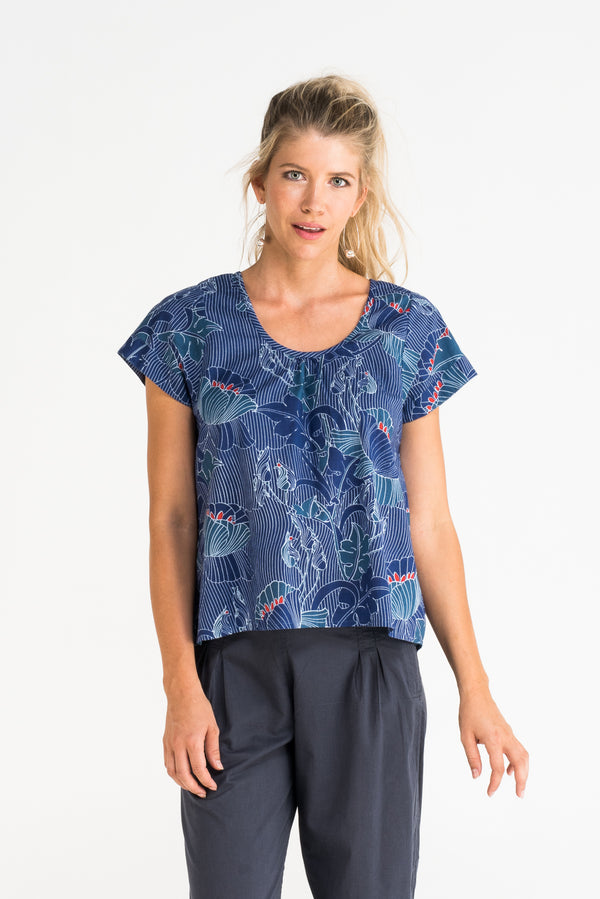 Top Anila Luna Flower
