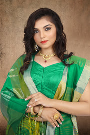 SIGNORAA GREEN KANCHIPURAM SOFT SILK SAREE-KSL02508 - View 2