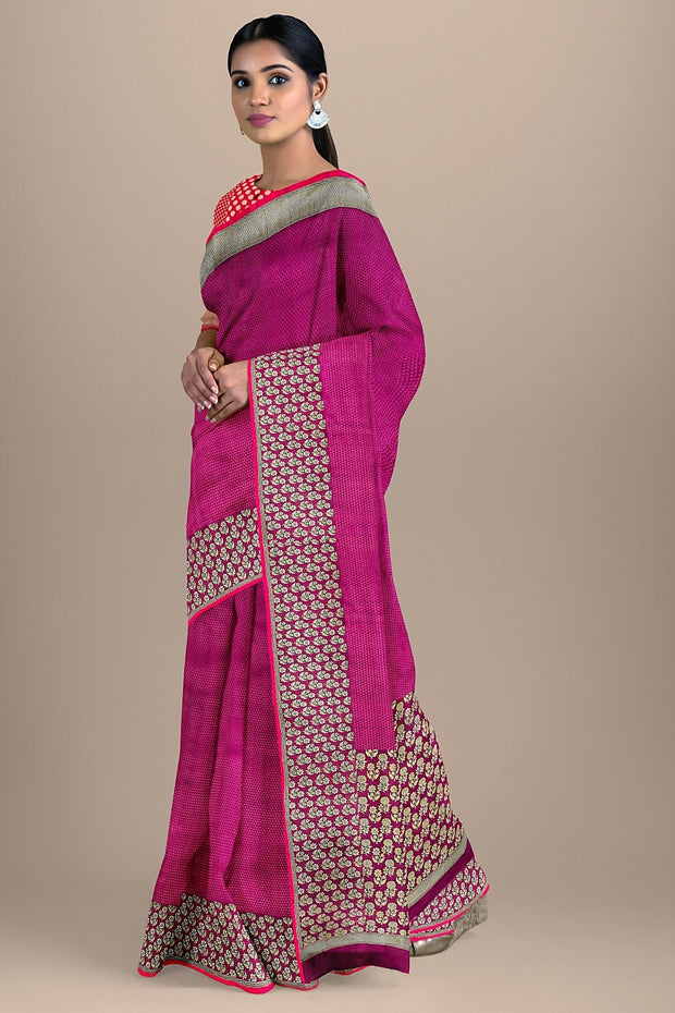 SIGNORAA MAGENTA BANARASI SILK SAREE-BSK08565- Model View