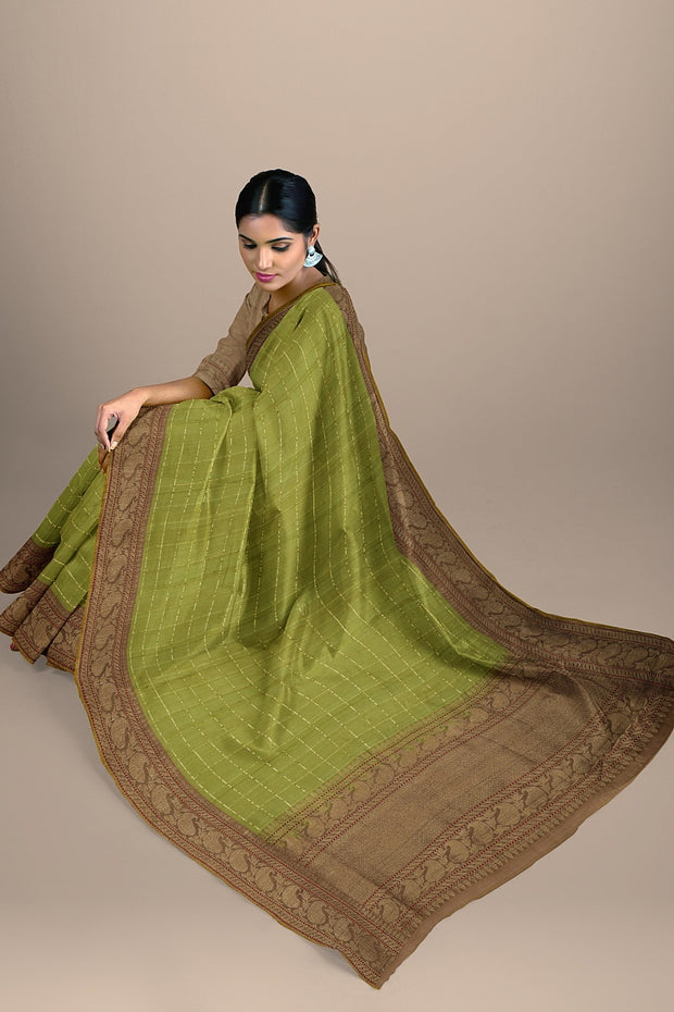 SIGNORAA OLIVE GREEN BANARASI SILK SAREE-BSK09080A- Model View