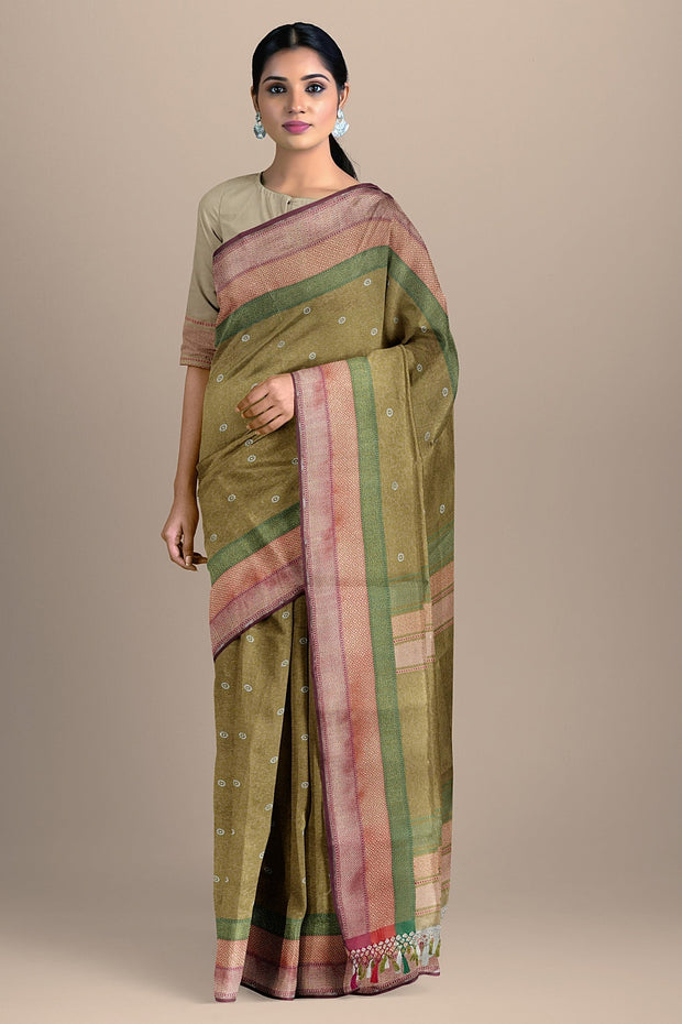 SIGNORAA BEIGE BANARASI SILK SAREE-BSK08717B- Model View