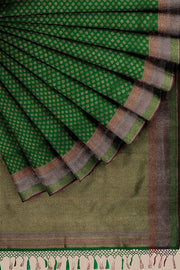 SIGNORAA GREEN BANARASI SILK SAREE-BSK08720- Cover View