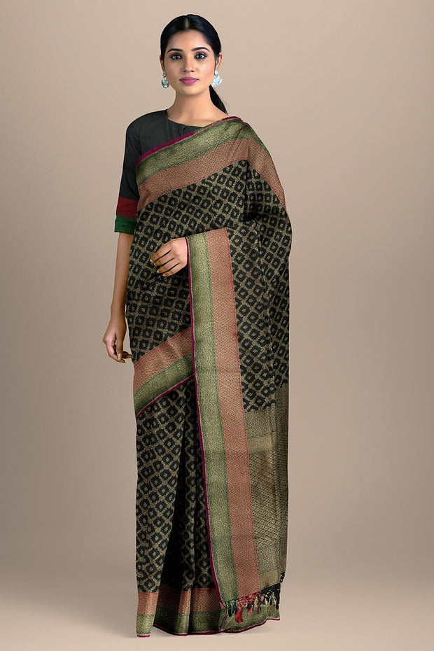 SIGNORAA BLACK BANARASI SILK SAREE-BSK08717C- Model View
