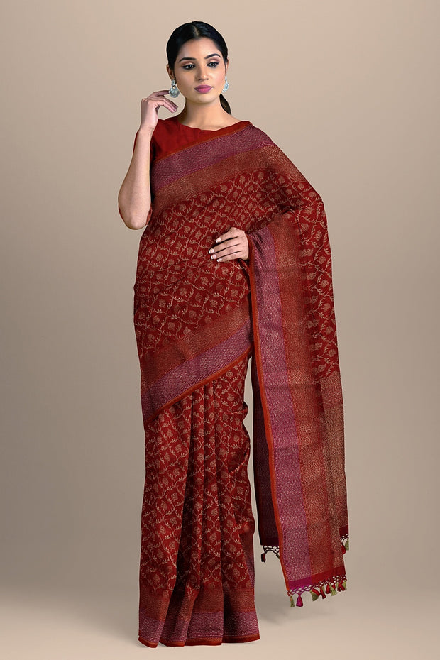 SIGNORAA RED BANARASI SILK SAREE-BSK08717E- Model View