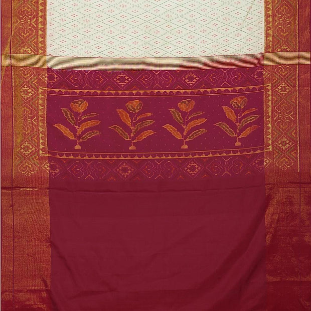 SIGNORAA WHITE RAJKOT PATOLA SILK SAREE-RPT00721- Full View
