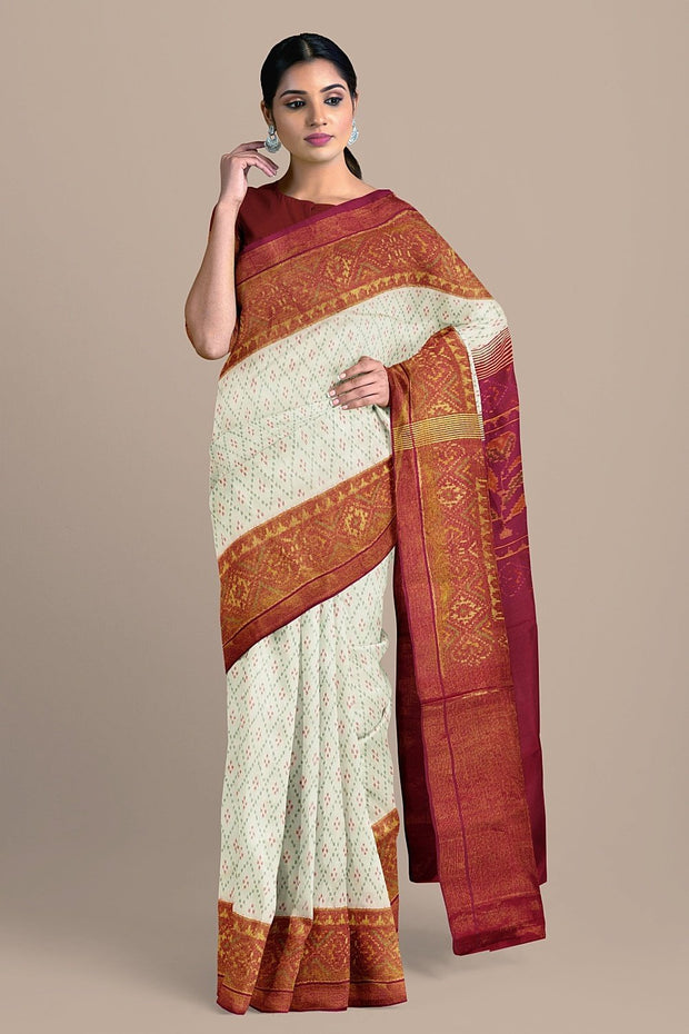 SIGNORAA WHITE RAJKOT PATOLA SILK SAREE-RPT00721- Model View