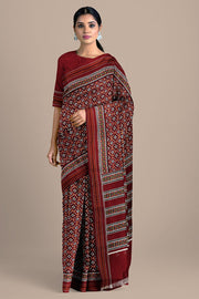 SIGNORAA MAROON SINGLE IKAT SILK SAREE-RPT00743- Model View
