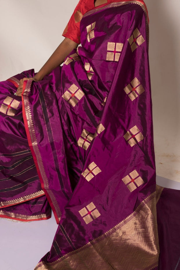 SIGNORAA PURPLE BANARASI SILK SAREE-BSK08949- Model View 2