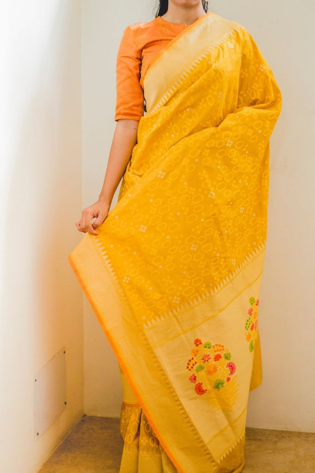 SIGNORAA MUSTARD BANARASI SILK SAREE-BSK08747- Model View