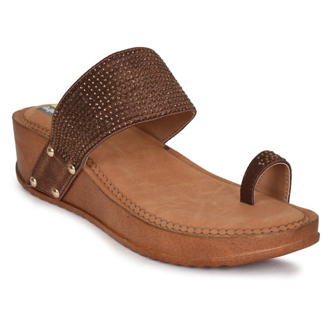 Kolapuri Centre Women's Brown Platforms