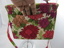 VERA BRADLEY Hello Dahlia Julia Handbag RETIRED Cream  & Pinks Handbag