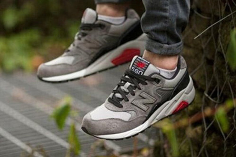 580 Grey/Red