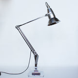 Herbert Terry & Sons three step anglepoise desk lamp at Jeroen Markies