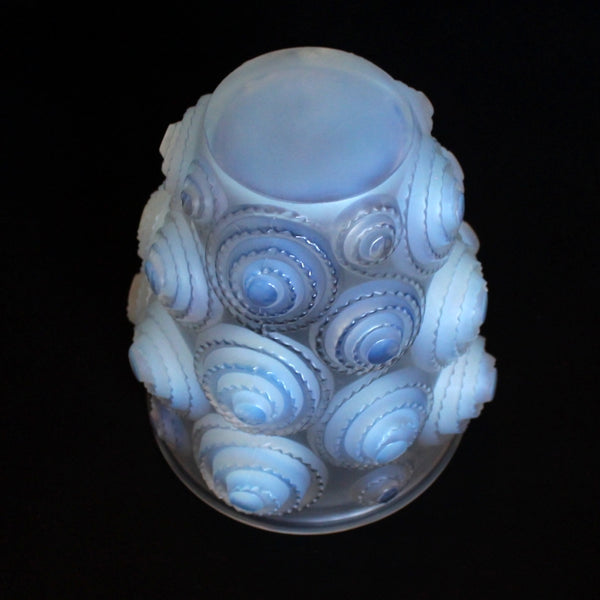 Lalique Spirales Glass Vase at Jeroen Markies