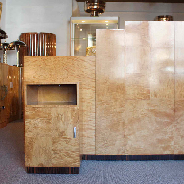 Art Deco bed head for king size bed with integral cabinets at Jeroen Markies