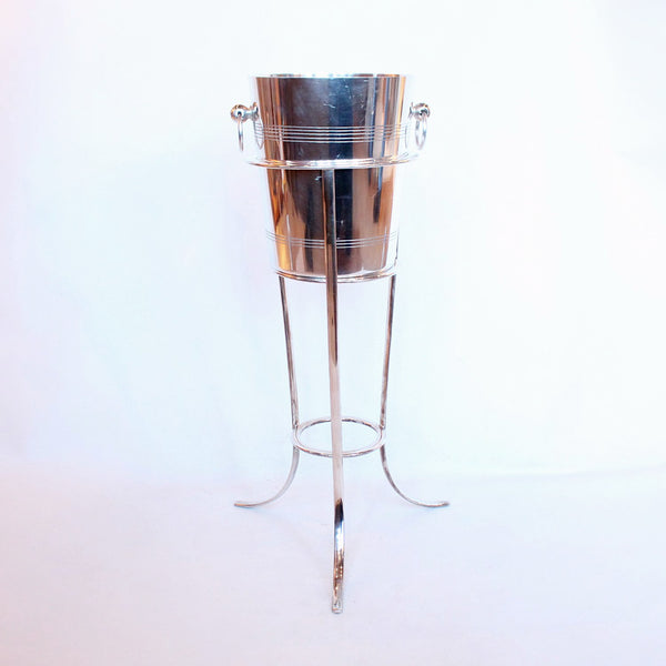 Art Deco silver plated champagne bucket on stand at Jeroen Markies