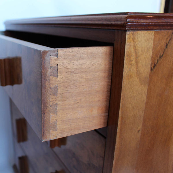 Art deco chest of drawers by Waring & Gillow at Jeroen Markies