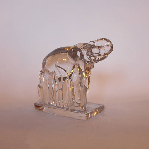 Art Deco glass elephant paperweight circa 1930