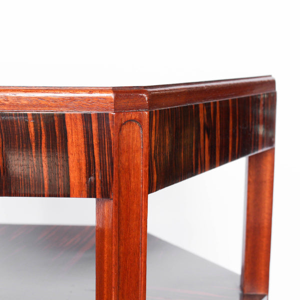 A solid, mahogany hexagonal side/centre table with macassar ebony veneer, quarter veneer to top, second tier and solid mahogany legs at Jeroen Markies