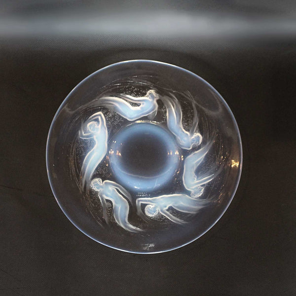 Rene Lalique Ondines Art Deco glass plate circa 1925 decorated with sea nymphs