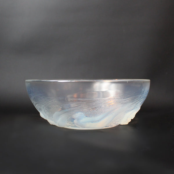 Rene Lalique Art Deco Ondines bowl decorated with mermaids at Jeroen Markies
