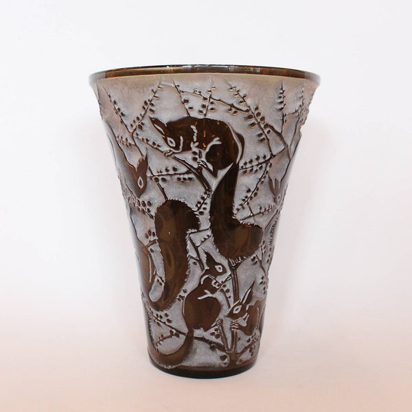 Rene Lalique Art Deco Senart vase in topaz glass decorated with squirrels at Jeroen Markies