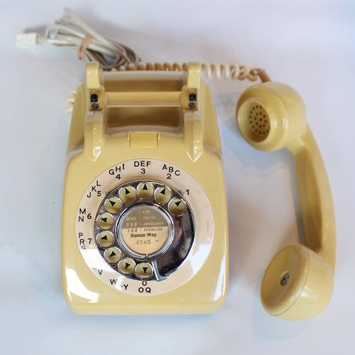 Topaz Yellow Original GPO Model 706 Telephone at Jeroen Markies