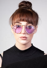 Load image into Gallery viewer, Mia Aviator Top Bar Detailed Sunglasses - Accessory O
