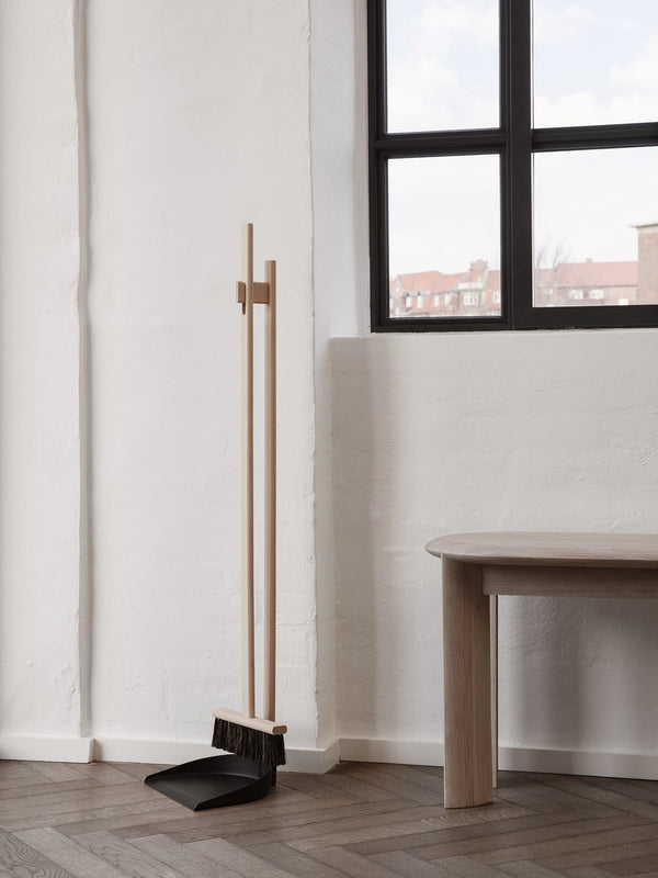 ferm LIVING | Icon Broom Set - Natural