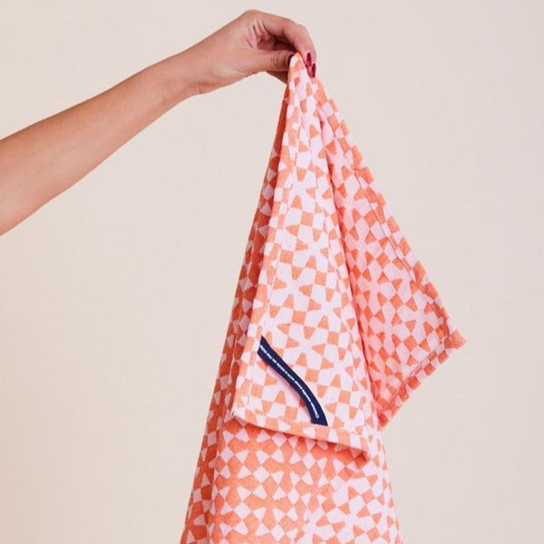 Dusen Dusen | Tea Towel - Orange Pinwheel