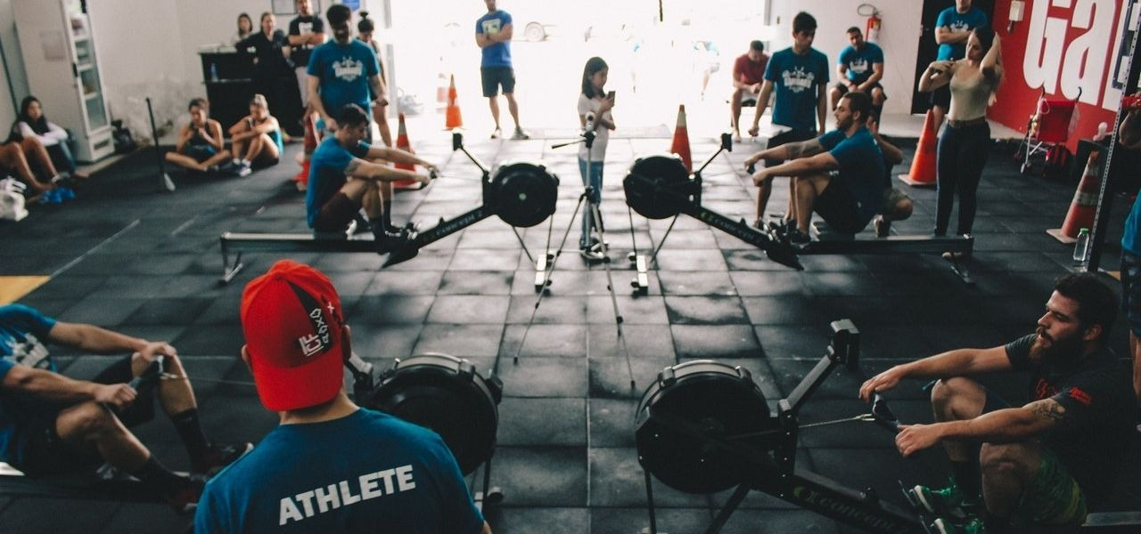 Crossfit people training for fitness and performance