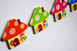 Kawaii toadstool house sticky note pad