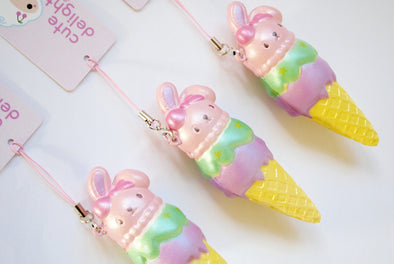Pearlescent pastel bunny ice cream slow-rising mini squishy charm