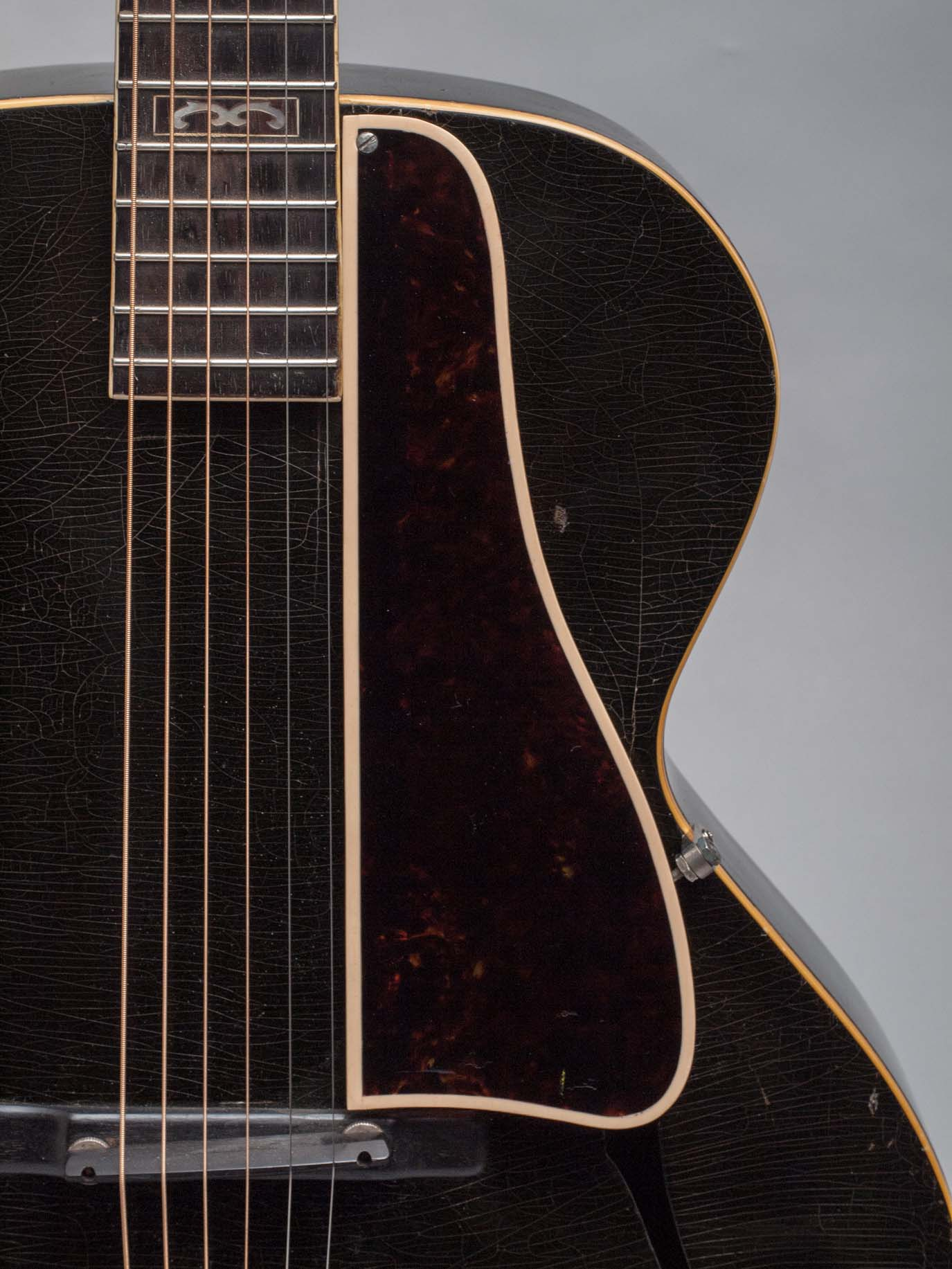1934 Gibson L-10