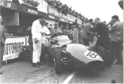 Froilan Gonzalez in the Vanwall VW56