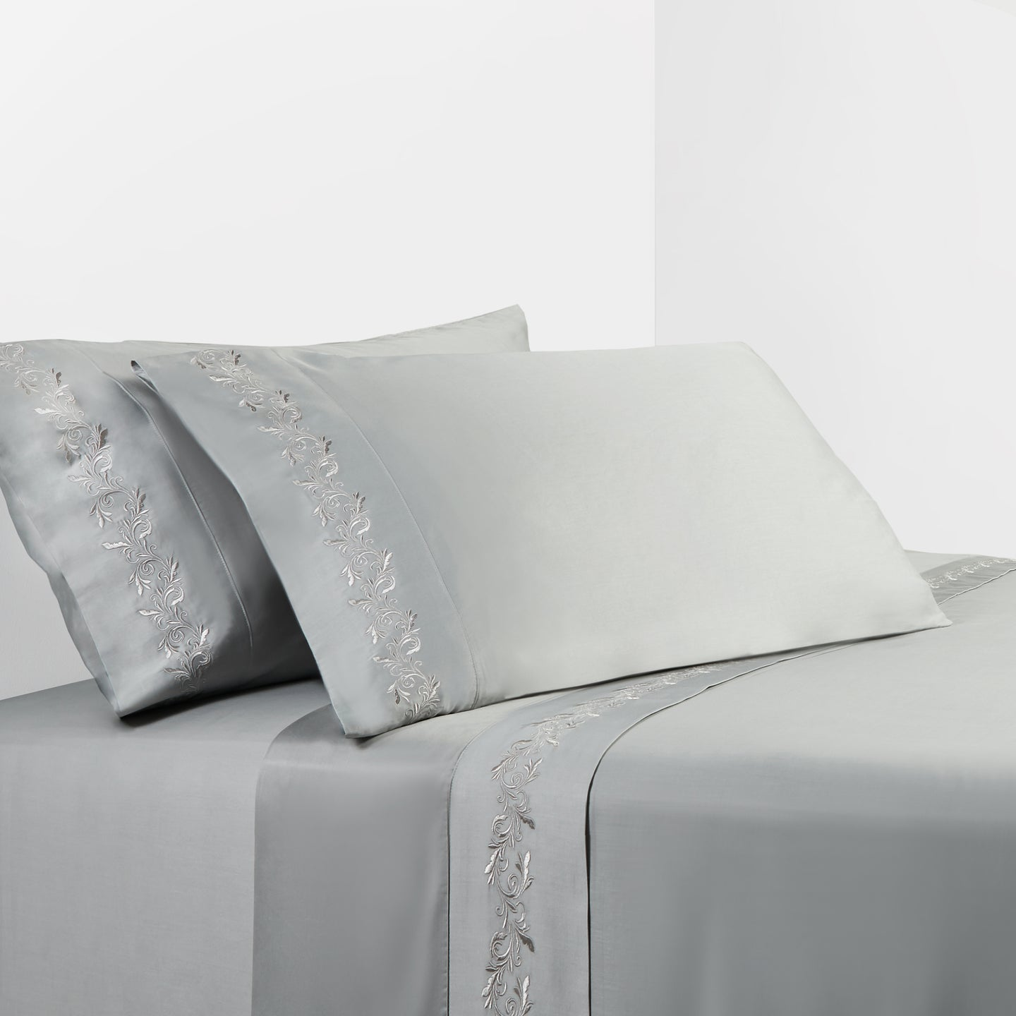 350 Thread Count Gray Sheet Set With Gray Scroll Embroidery
