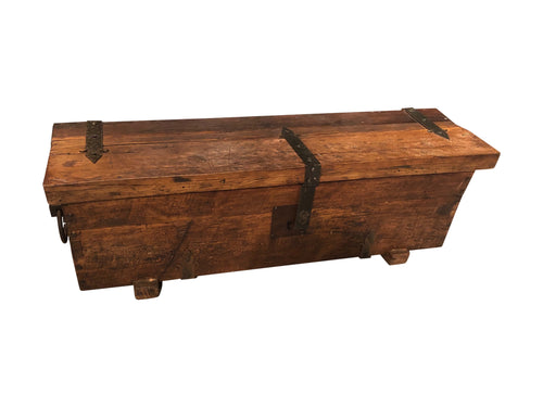 Reclaimed Wood End-of-Bed Storage Trunk