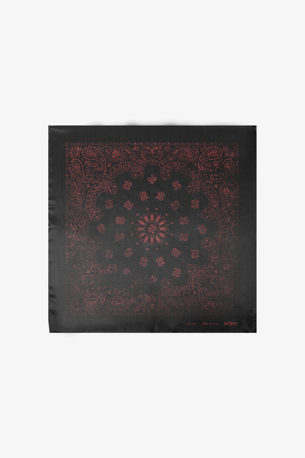 Bandana Chain | Black & Red Paisley